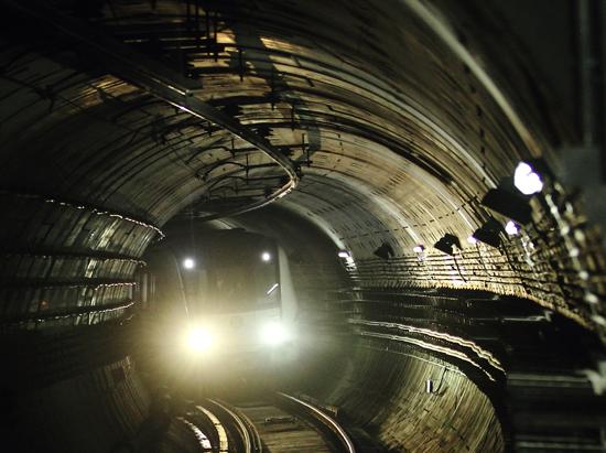 地铁保护区结构自动化监测